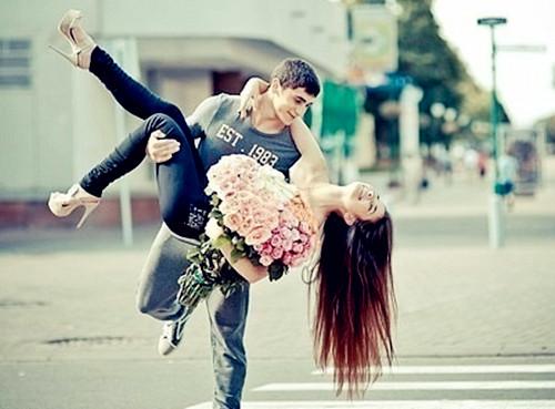 我的qq在网页上登陆_热恋中的情侣图片_拥抱着一起到永久_爱情163小说网