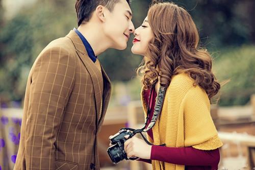 爱情 吻 手绘 素材