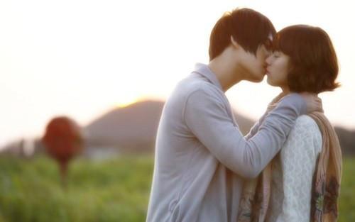 接吻图片-q友乐园 图片唯美图片 可爱图片 文字图片 欧美图片 情侣