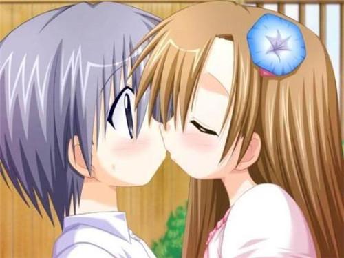 动漫情侣亲吻素材_深情拥吻的动漫