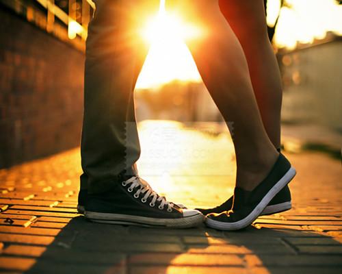 小故事_幸福浪漫的情侣图片_在一起是最幸福浪漫的语言_爱情163小说网