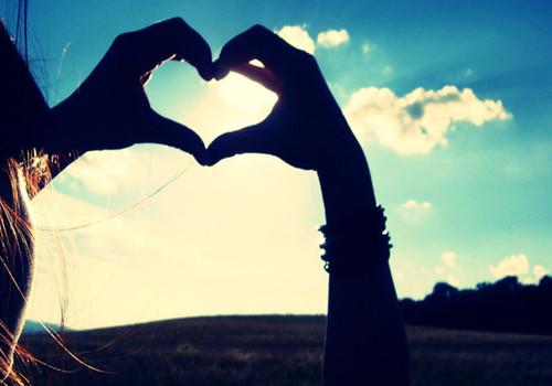 唯美爱心手势图_为了你的幸福
